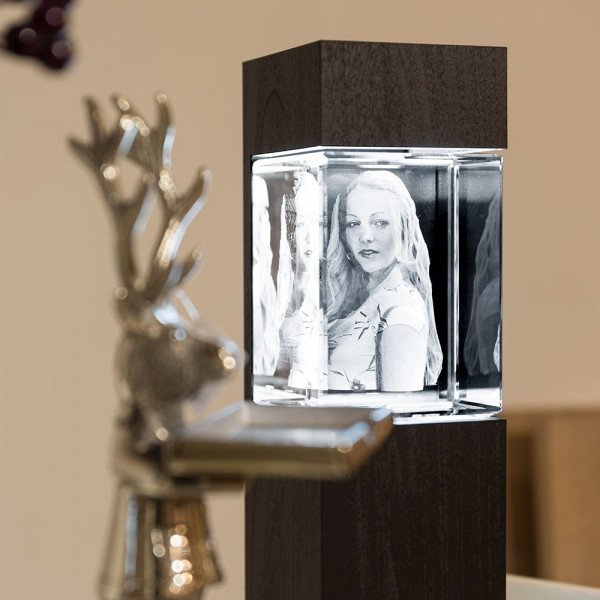 Leuchtstele für 3D Laser Viamantglas Giga Hochformat